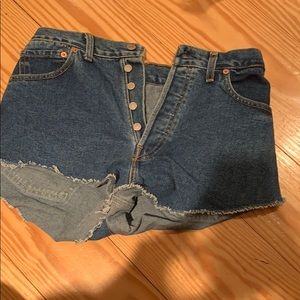 never worn urban outfitters levi jean shorts